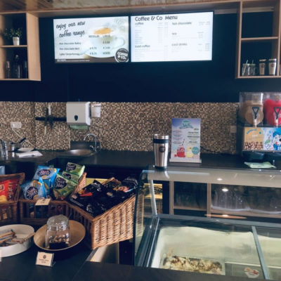 Dekelia Coffee & Co cyprus digital signage by fidelity